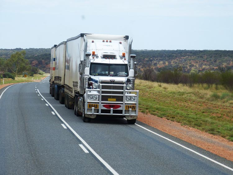 commercial truck insurance, cheap commercial truck insurance, truck insurance, trucking insurance